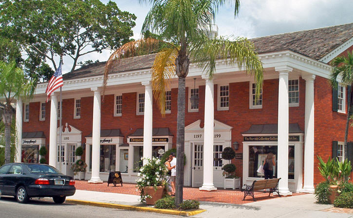 Colonial Building in Naples, Florida