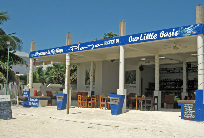 Elegance in flip flops. A beachfront bar in Belize