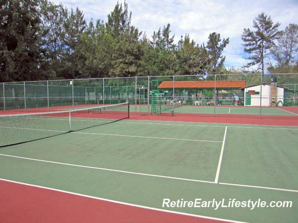 QUALITY COURTS, EXCELLENTLY MAINTAINED