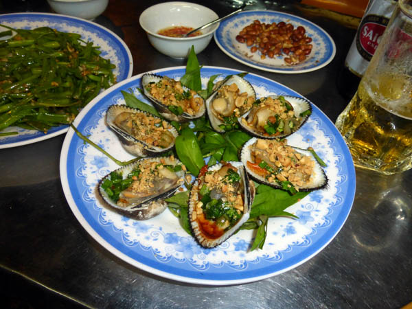 Stuffed Fur Clams, Restaurant 236, Saigon, Vietnam
