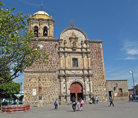 Church of Santiago Apostol, central Tequila, Jalisco, Mexico