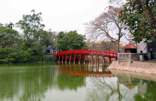 MORNING VIEW OF HUC BRIDGE ON HOAN KIEM LAKE